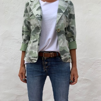 NEW!   AMERICANA MILITAR LUX